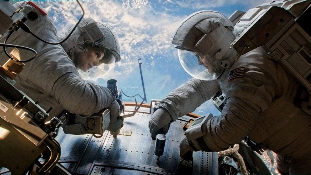 gravity-film-george-clooney-sandra-bullock.jpg