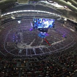 George_Strait_stadium.jpg