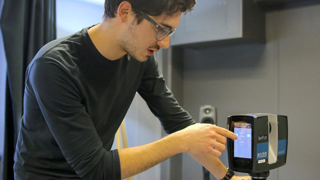 2_-Jérôme Battistelli nous présente le fonctionnement du scan 3D.jpg
