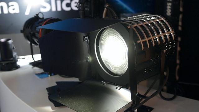 5_5-M16A8120-K5600-LED.jpg