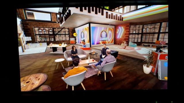L'émission éducative avec cette fois son décor virtuel © DR
