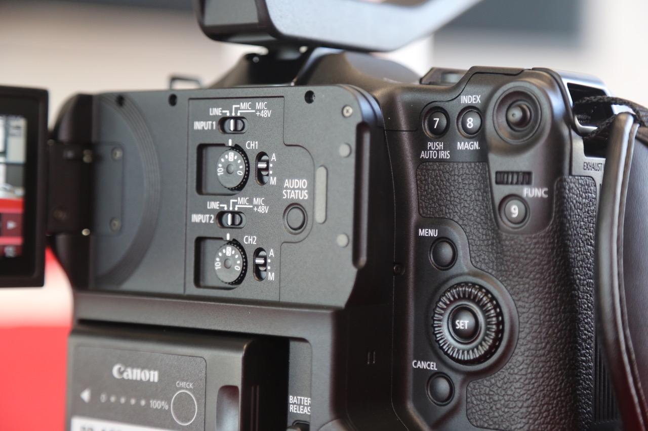 L'EOS C70 propose 13 boutons assignables directement dans son menu  (initialement assignés par défaut)