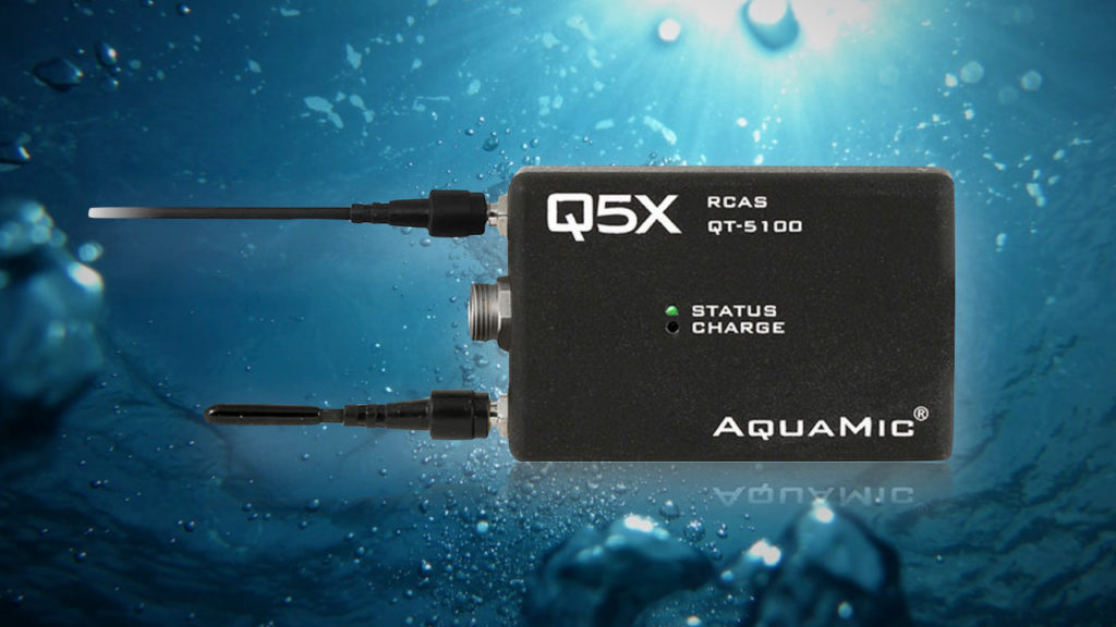 Émetteur bodypack sans fil étanche : Q5X AquaMic sous les mers © DR
