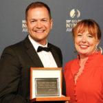 Tom Watt-Smith et Liesel Evans pour Drowning In Plastic, lauréat 2019 du Prix Spécial du Prince Rainier III ©Festival de Télévision de Monte-Carlo