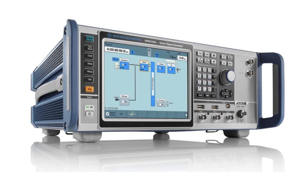 Rohde & Schwarz redéfinit les performances des générateurs avec le R&S SMM100A © DR
