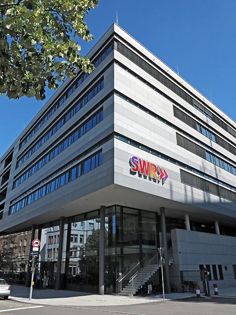 Le SWR dispose de douze studios régionaux et de trois sites principaux à Stuttgart, Mayence et Baden-Baden © DR
